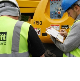 Book an IPAF operator course with Facelift and save!