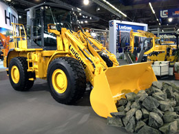 Intermat 2012 attracts record numbers in Paris