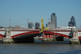 Blackfriars Bridge gets a facelift