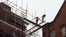 Scaffolder's serious safety failings captured on film by horrified passer-by