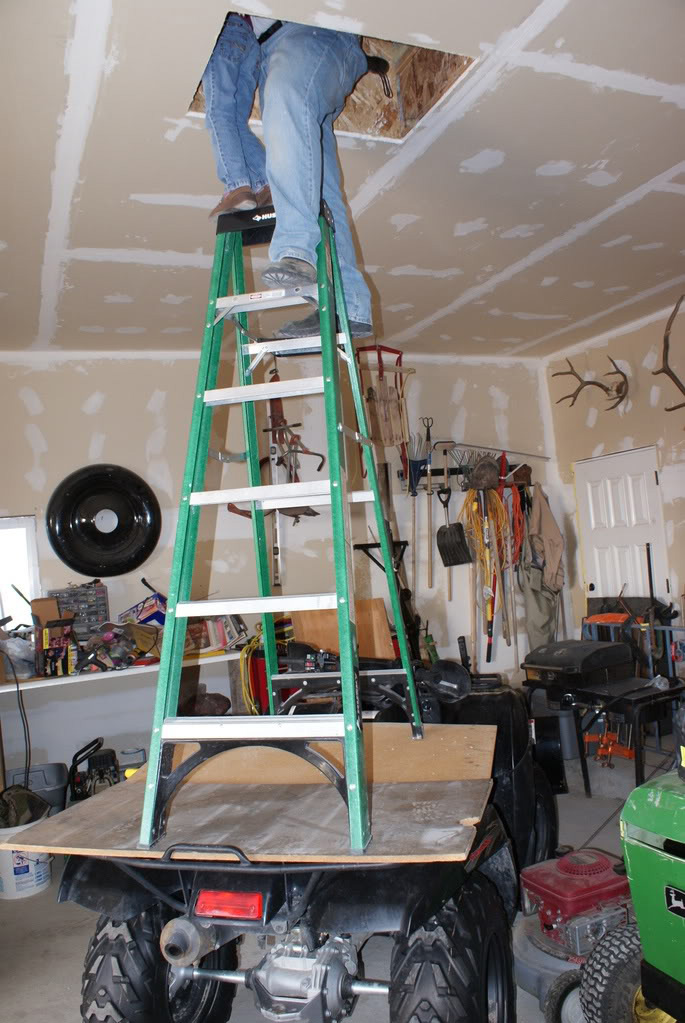 Picture of Ladder accident waiting to happen