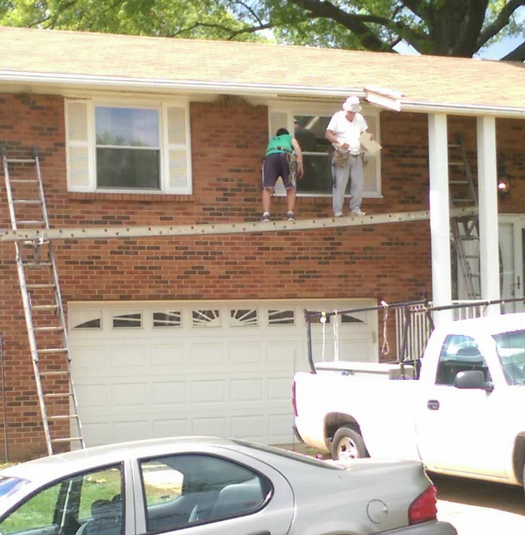 Picture of That's not how you use a ladder, guys